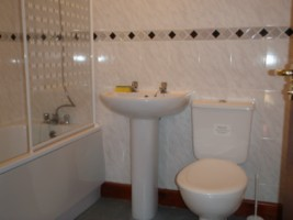 Bathroom for the Hinkley accommodation at the Acland Apartments Stogursey Bridgwater Somerset